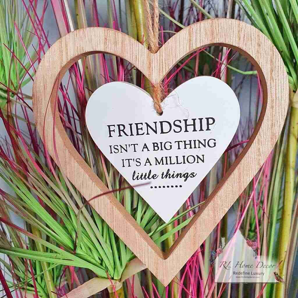 Hanging Heart Friendship Sign