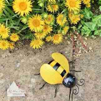 Garden Metal Bee
